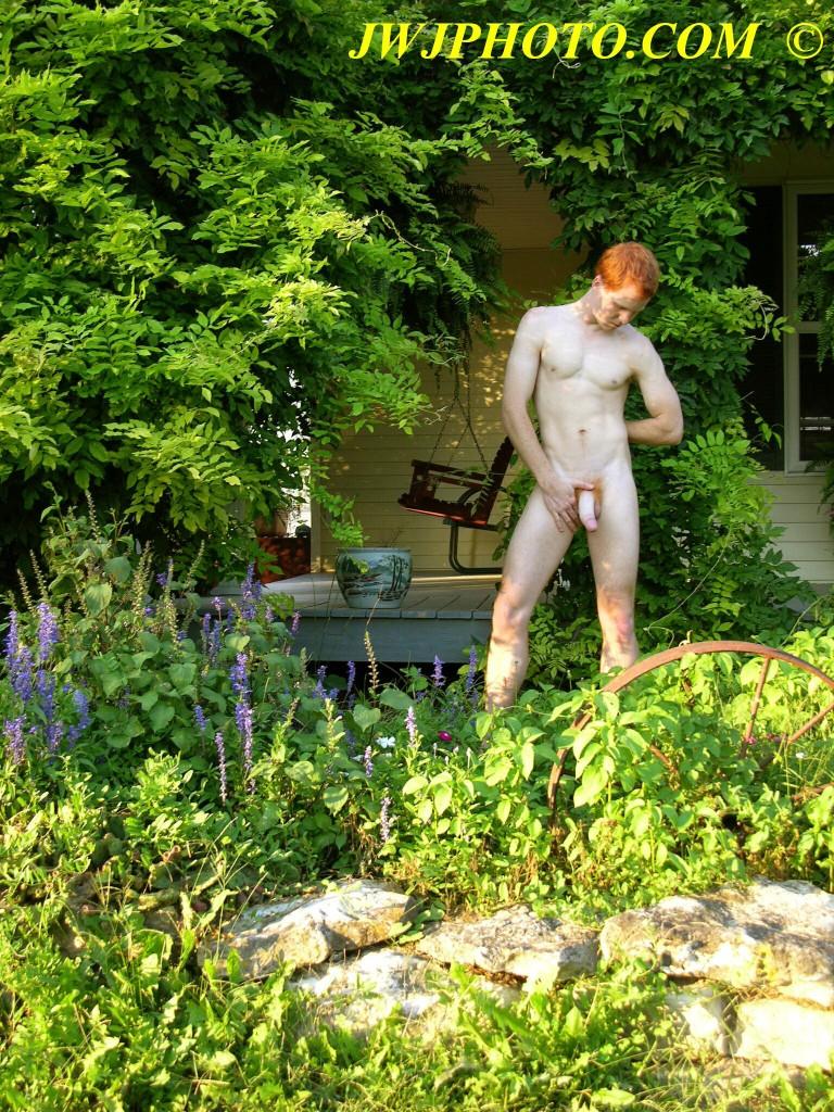 flower garden statue