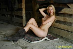 Art Nude Babe 2