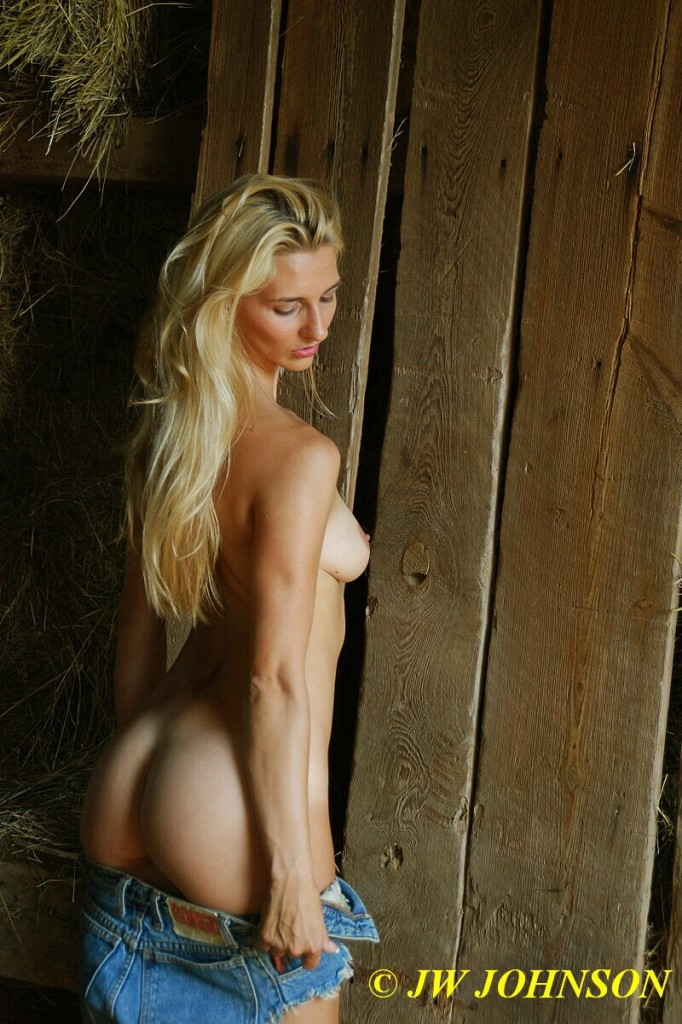 Barn Babe Innocent 5