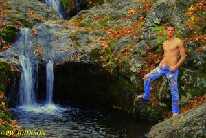 Waterfall Hottie 5A