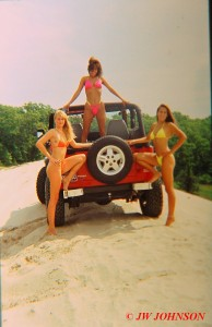 3 Babes on Jeep Ebo