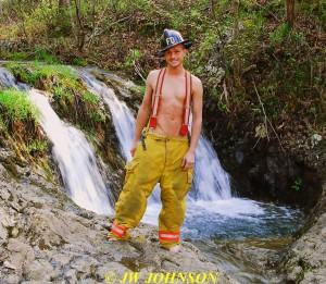 150 Waterfall Fire Gear