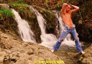 199 Waterfall Holie Jeans