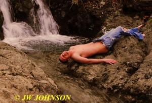 207B Waterfall Holie Jeans